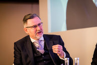barry-gardiner-shadow-secretary-of-state-for-international-trade-and-shadow-minister-for-international-climate-change_34770907980_o thumbnail
